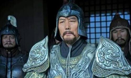 不复当年勇《卧龙吟》三公之一袁绍